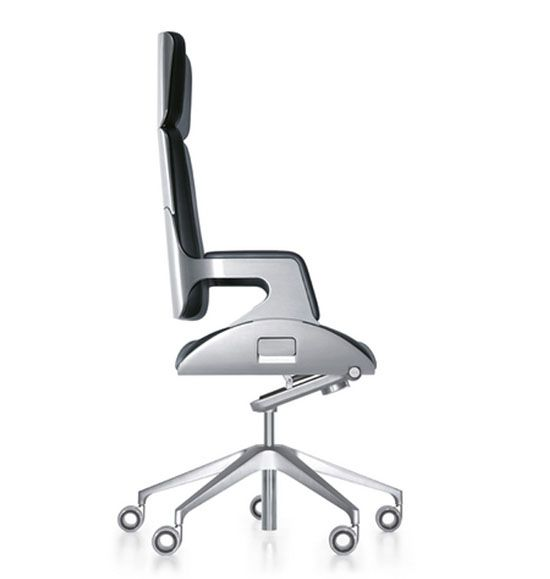 Silver chair@Interstuhl